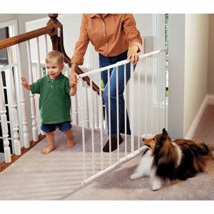 "Picture of Kidco Safeway Wall Mounted Pet Gate White 24.75"" - 43.5"" x 30.5"""