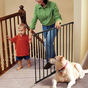 "Picture of Kidco Safeway Wall Mounted Pet Gate Black 24.75"" - 43.5"" x 30.5"""