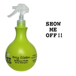 """Picture of Pet Head Dry Clean Spray Shampoo Blueberry Muffin 15oz 8"""" x 3.5"""" x 3.5"""""""