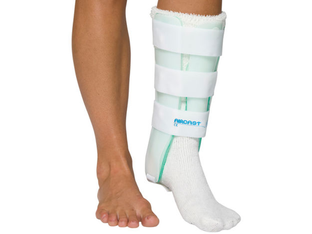 Picture of Aircast Leg Brace With Anterior Panel, Left